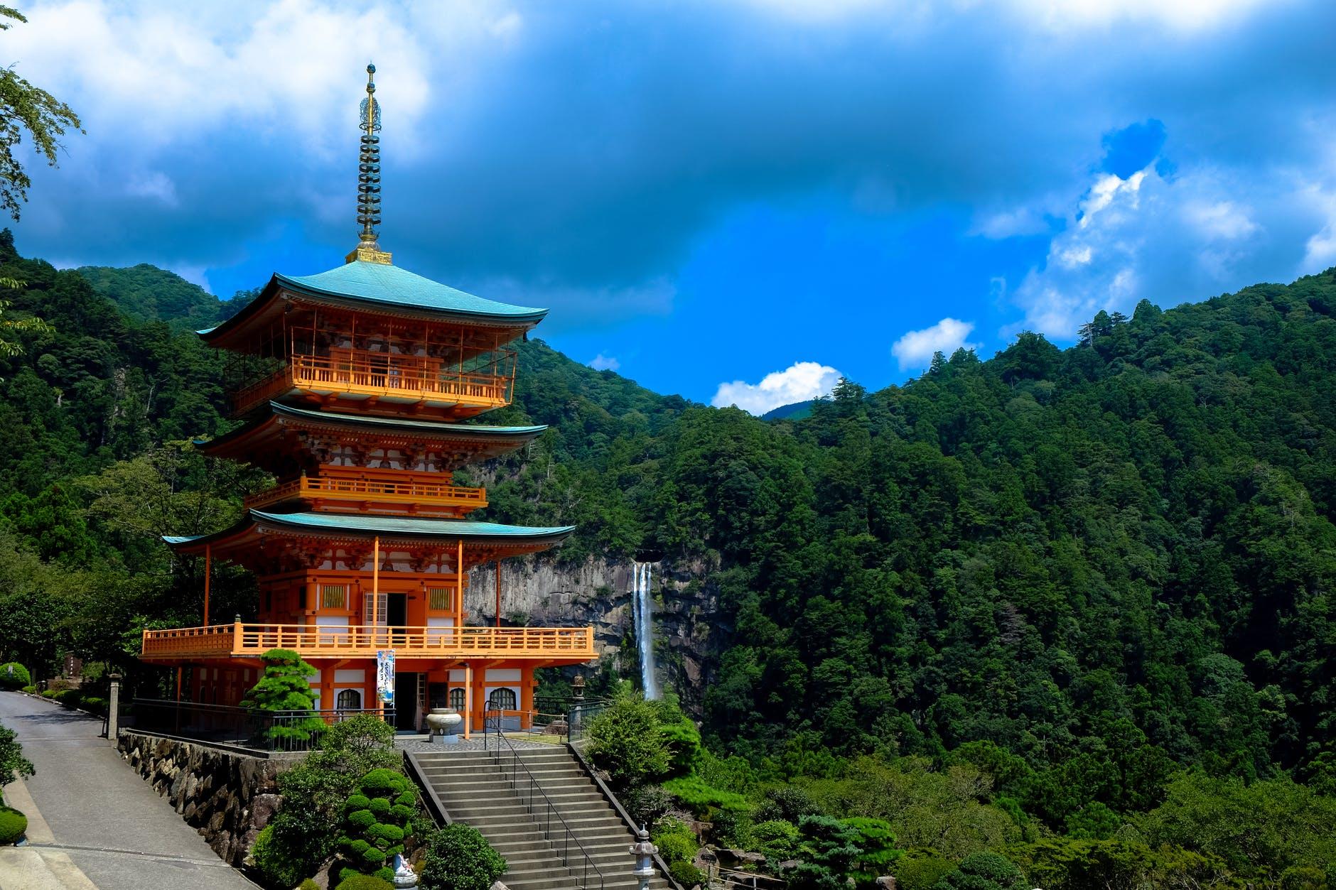 9 địa danh du lịch tâm linh nức tiếng ở Tây Ninh