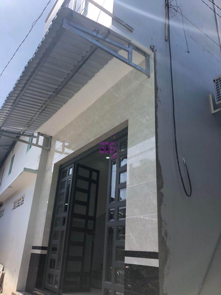 Tìm chủ mới cho căn nhà trệt lầu tại Bình Khánh, hướng Đông
