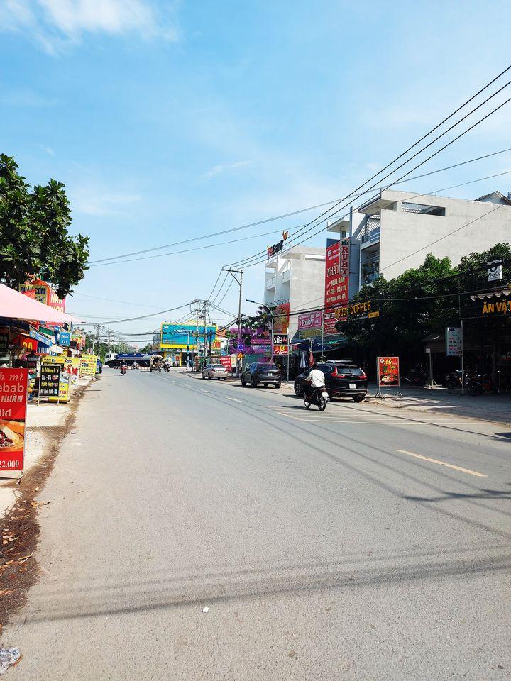 Bán đất 110m2 đối diện trường Nguyễn Khuyến, giấy tờ pháp lý rõ ràng-0