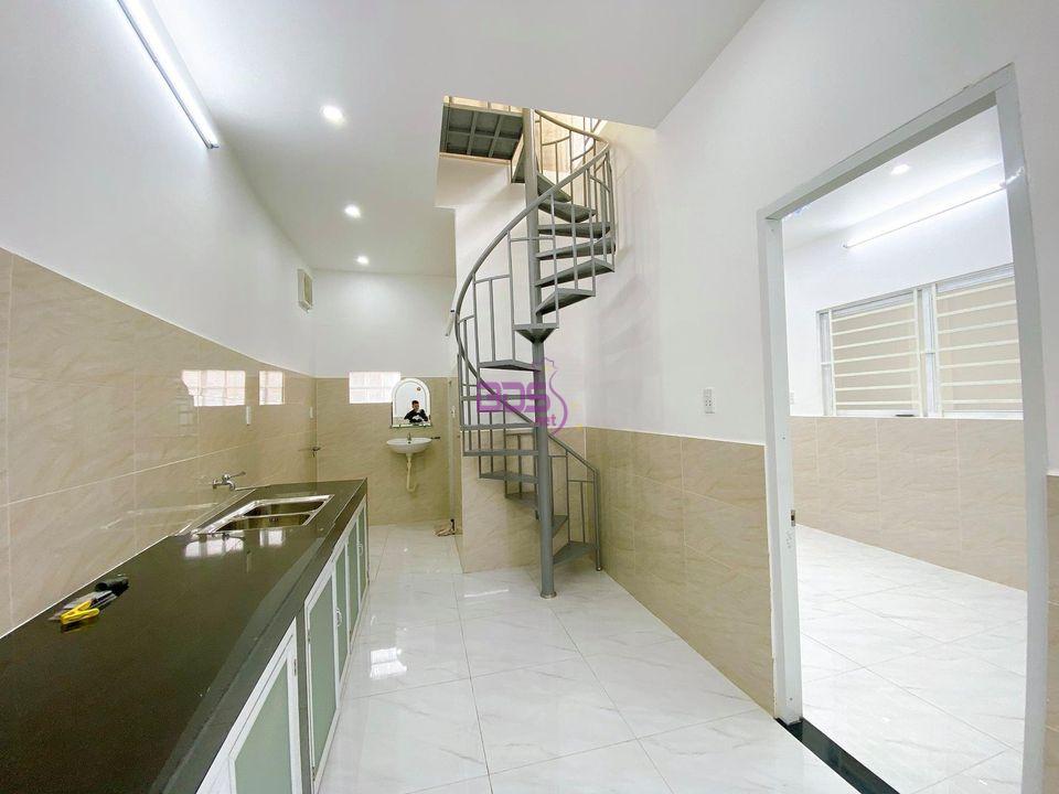 Bán căn nhà góc 2 mặt tiền sát khu dân cư Văn Hoa Vila cực VIP-1