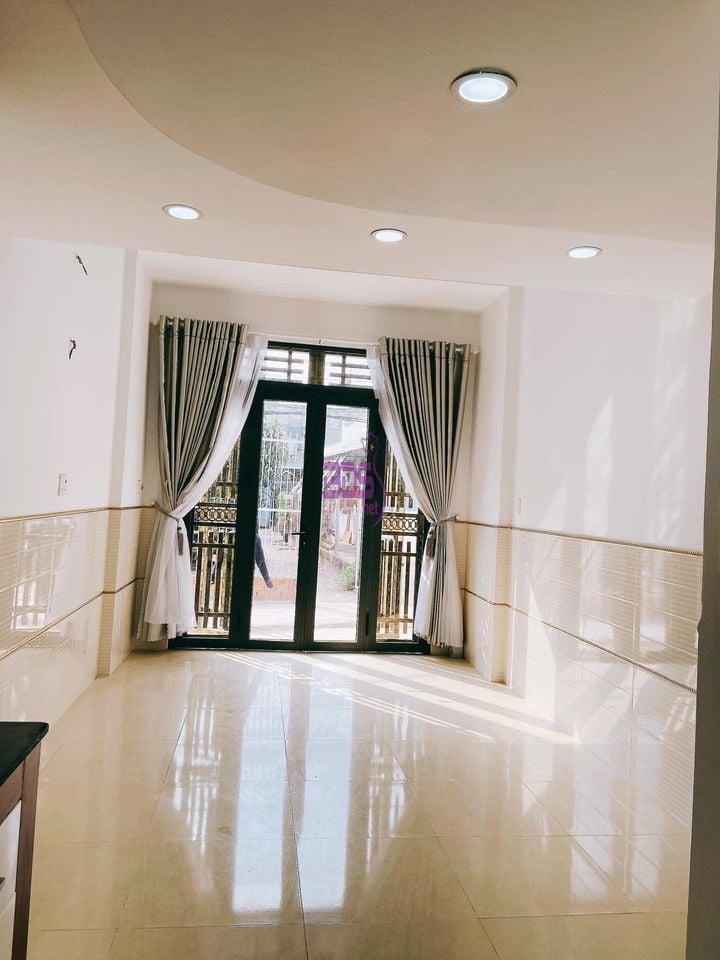Căn nhà quận Bình Tân giá siêu sốc cho nhà đầu tư, đủ mọi tiện ích-1