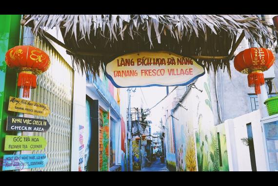 Làng Bích Họa Đà Nẵng - Ngôi làng nghệ thuật đầy màu sắc ghi đậm dấu ấn trong lòng nhiều du khách thập phương