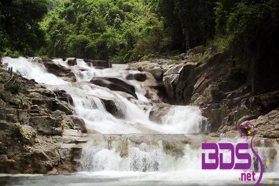 Thác Yang Bay - Hấp dẫn bởi rừng núi bạt ngàn cỏ, cây và thác nước, không khí thoáng đãng