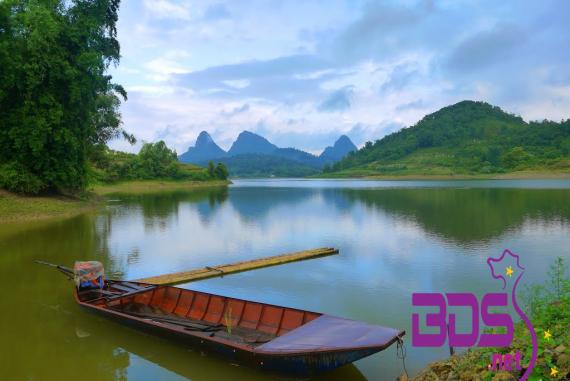 Hồ Cẩm Sơn - Sở hữu khu rừng bao bọc xung quanh mặt nước trở nên hữu tình ít nơi có được