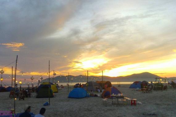 Bãi biển Cảnh Dương (Canh Duong Beach) - Tạm tránh đi cái nóng, sự xô bồ của chốn đô thị và tận hưởng cảm giác hòa mình với thiên nhiên