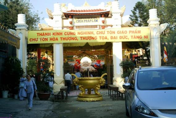 Chùa Pháp Lâm (Phap Lam Pagoda) - Nơi uy nghi, linh ứng thu hút nhiều phật tử đến chiêm bái