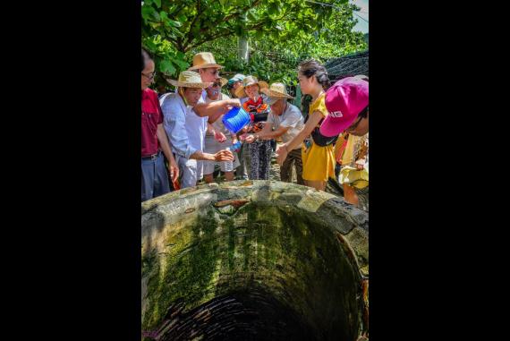 Giếng Tiên Cổ Cù Lao Chàm - Ẩn chứa di tích lịch sử tiêu biểu mang đặc trưng văn hóa Chăm Pa