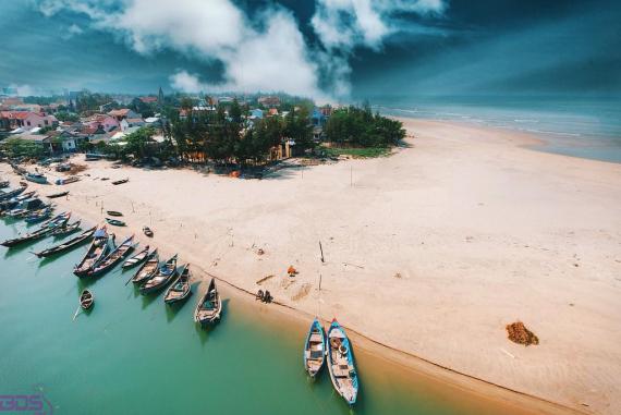 Biển Lăng Cô - Một trong những vịnh biển được công nhận đẹp nhất thế giới có mặt ngay tại Việt Nam