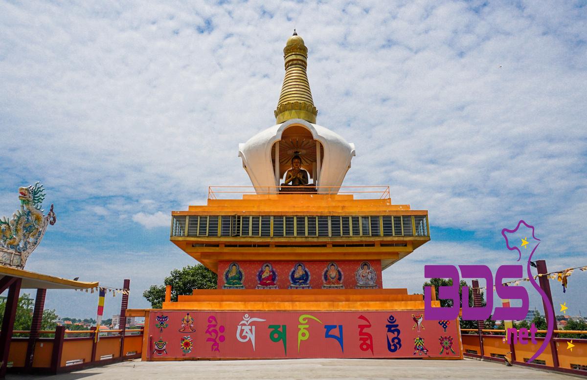 Cận cảnh chùa Tây Tạng