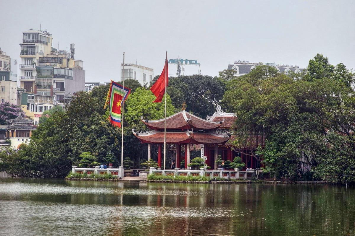 Đền Ngọc Sơn - Bản sắc văn hóa tâm linh nổi bật giữa lòng Hà Nội