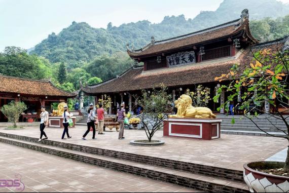 Chùa Hương - Hiểu thêm về giá trị tâm linh của chùa Hương thông qua những truyền thuyết gắn liền với từng điểm đến