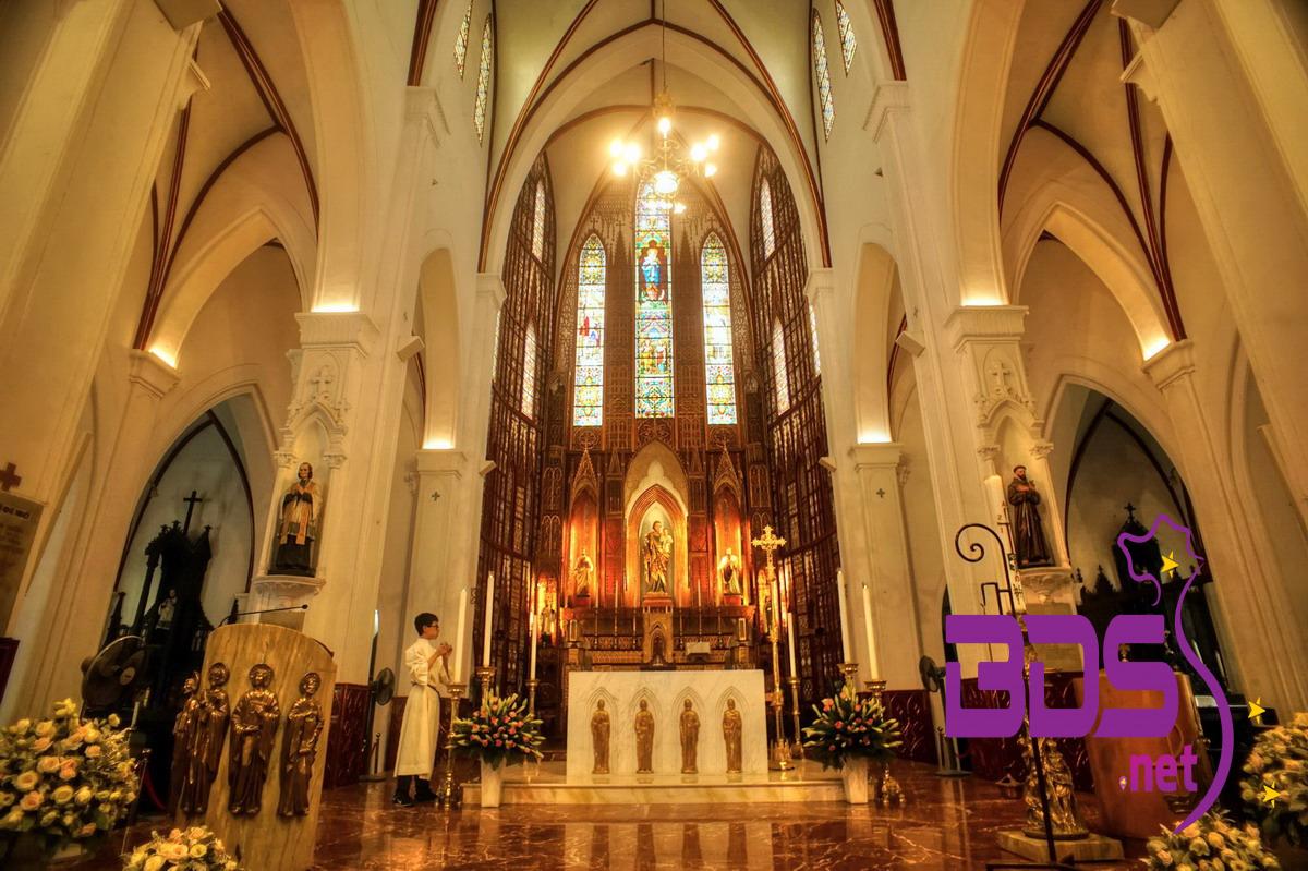 Trung tâm của thánh đường