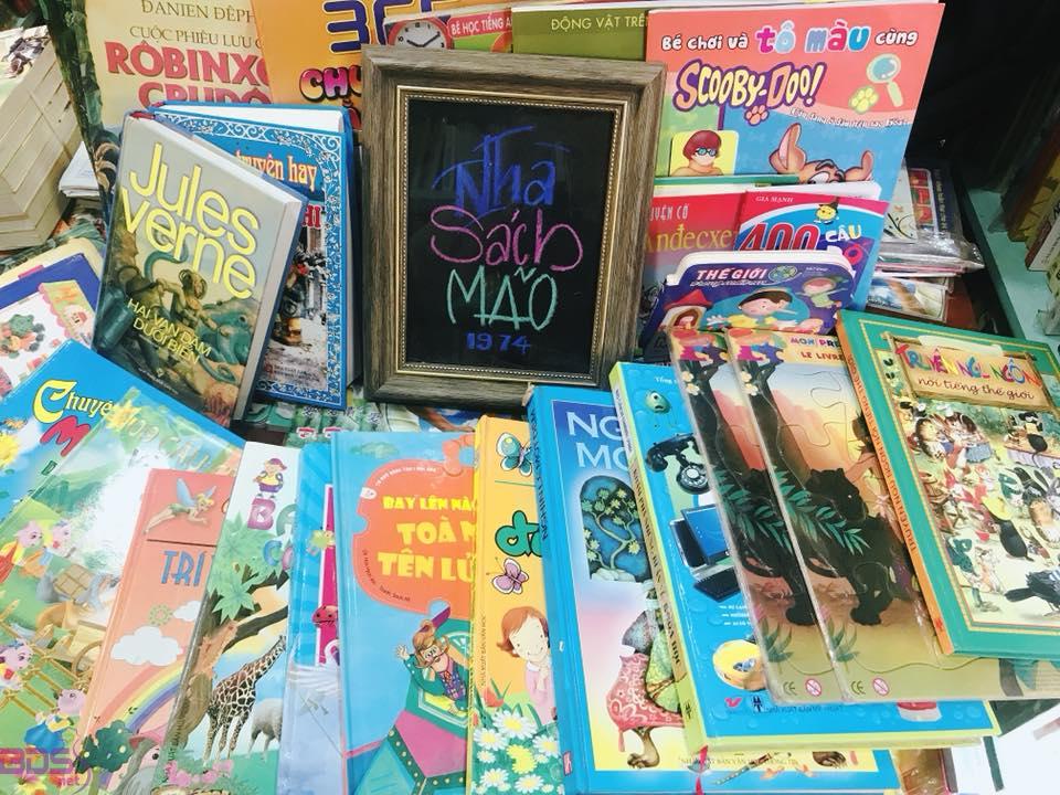 Quầy sách trẻ em