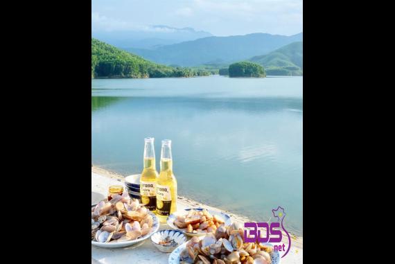 """Hồ Hòa Trung ( Hoa Trung Lake) - Địa điểm được nhiều người """"săn lùng"""" để đến cho bằng được"""